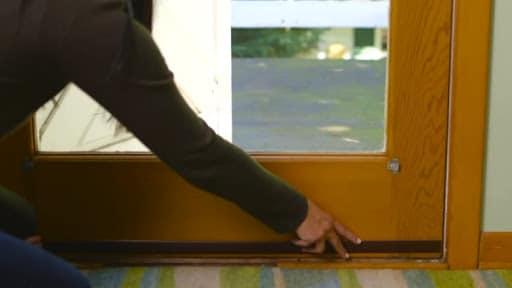 Tiêu chí để lựa chọn miếng dán khe cửa